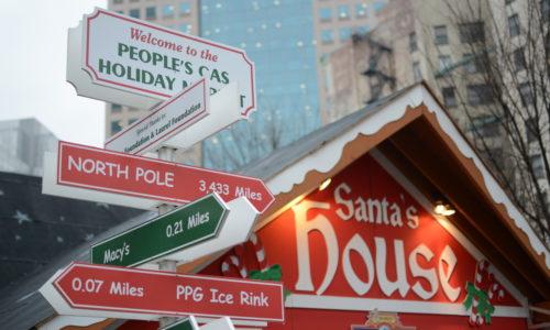 Santa's House at Peoples Gas Holiday Market