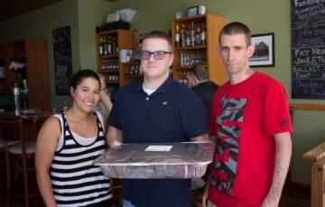 Restaurants donate despite pandemic challenges